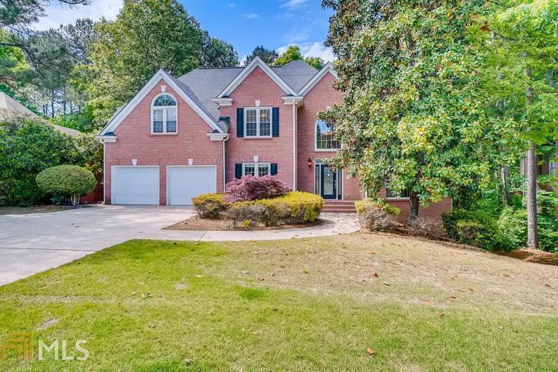 Image for property 1017 Towne Lake E, Woodstock, GA 30189-2501