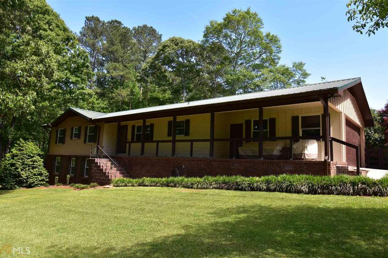 Image for property 270 Rising Star Rd, Fayetteville, GA 30215