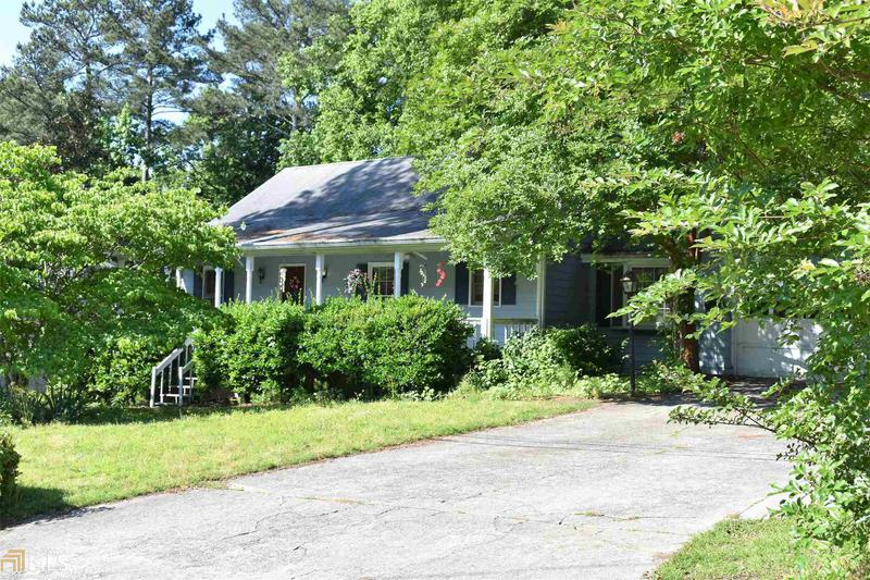 Image for property 2050 Two Springs, Lawrenceville, GA 30043-6020