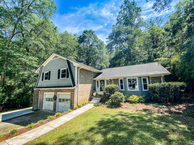 Image for property 281 Rhodes Drive, Athens, GA 30606