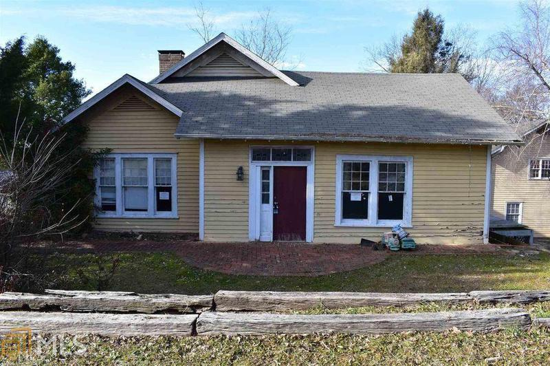 Image for property 521 Summit Street, Cornelia, GA 30531