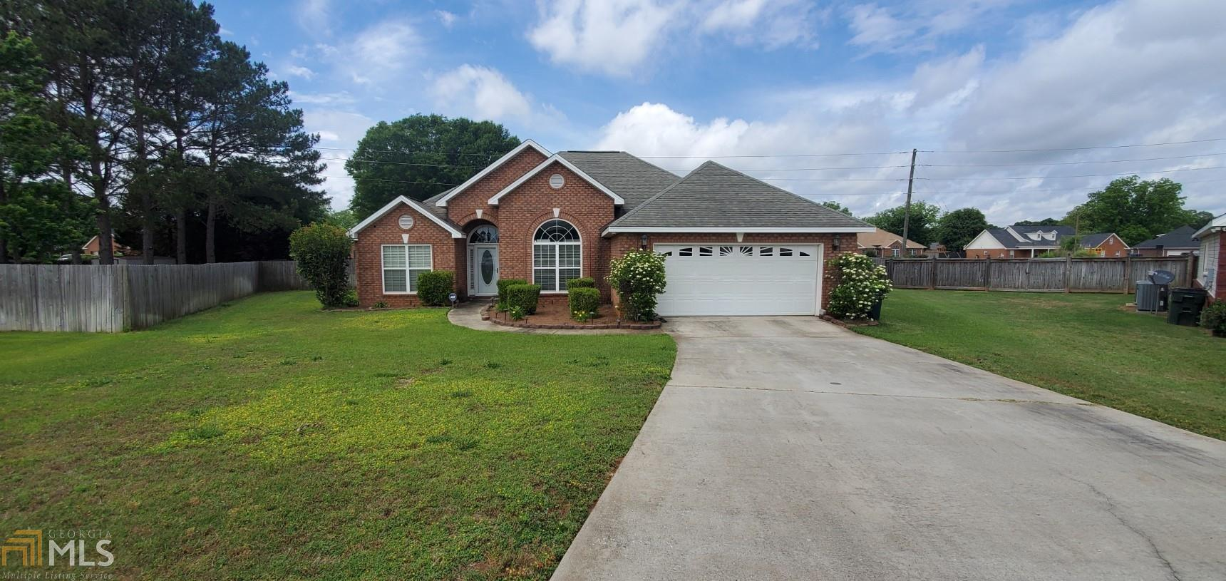 Image for property 136 Emberly Lane, Warner Robins, GA 31088