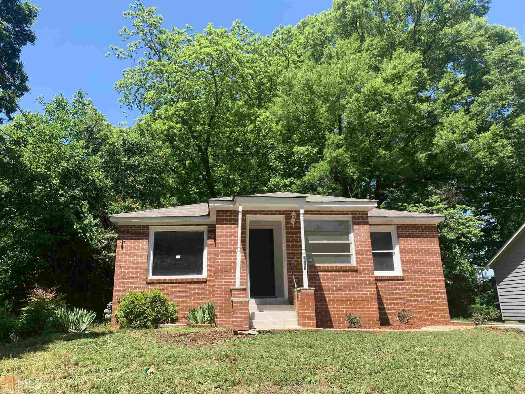 Image for property 313 17Th St, Griffin, GA 30224