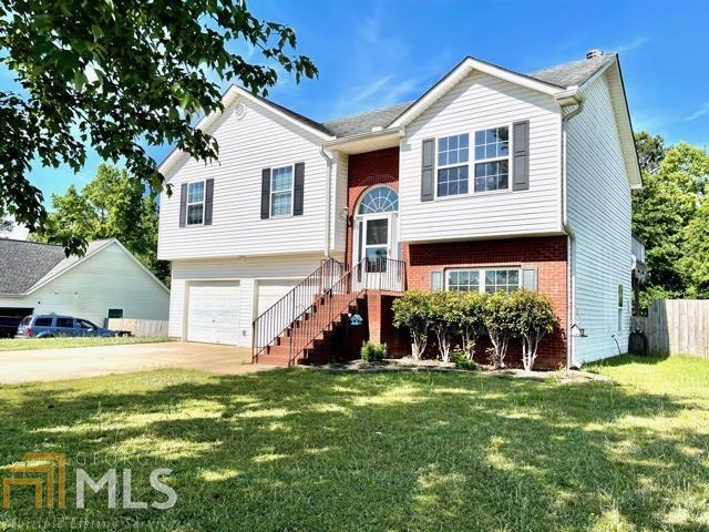 Image for property 127 Autumn Ridge Dr, Griffin, GA 30224