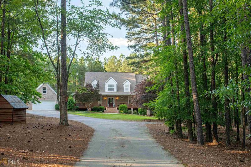 Image for property 1445 Hodges Cr, Mansfield, GA 30055