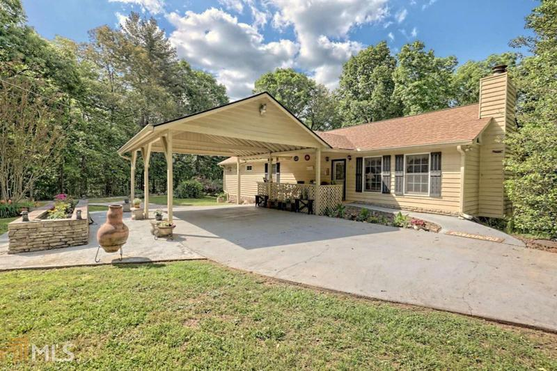 Image for property 461 Canyon Point Dr, Demorest, GA 30535