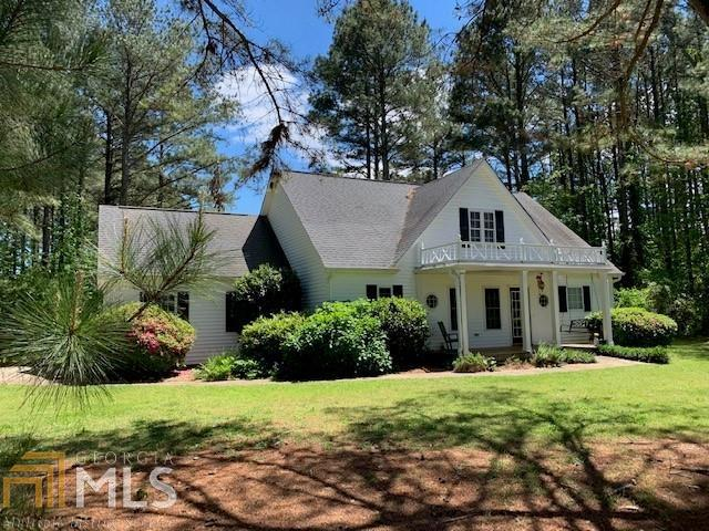 Image for property 7 Pineview Dr, Winterville, GA 30683