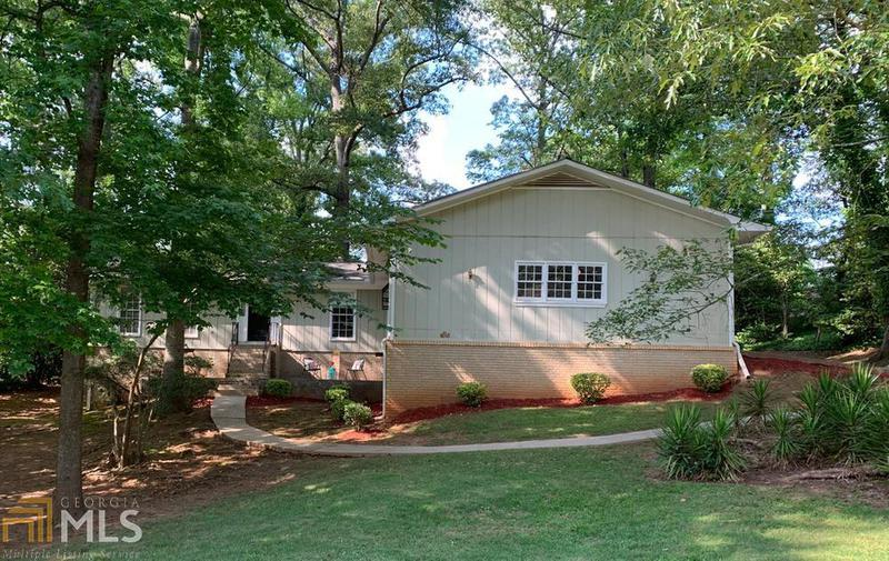 Image for property 3518 Moonlight Court, Decatur, GA 30034