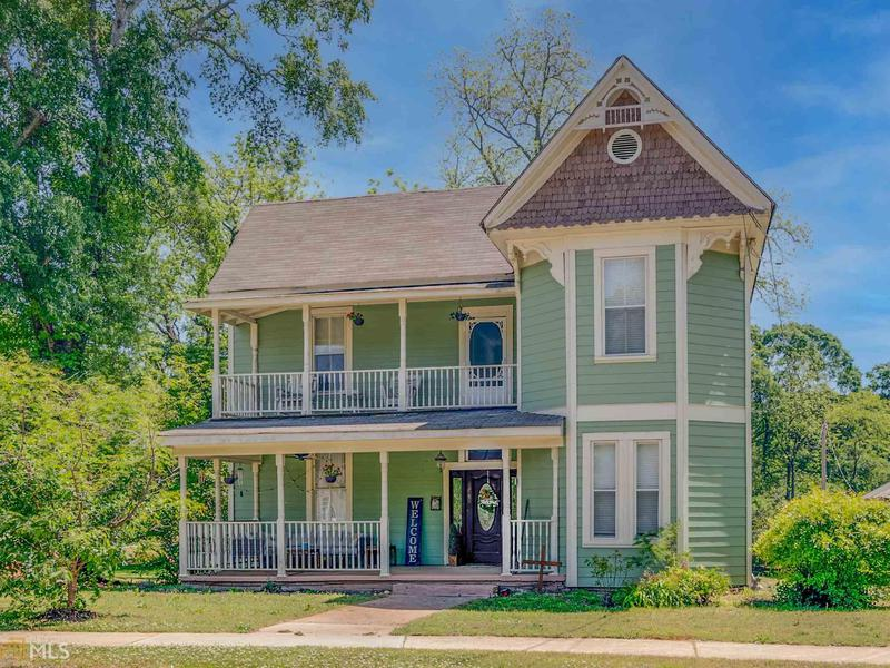 Image for property 912 Emory St, Oxford, GA 30054