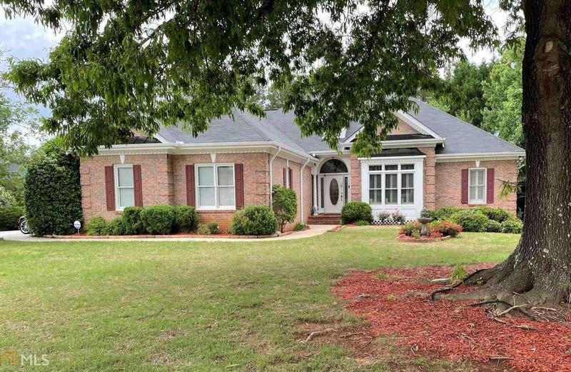 Image for property 2703 Whitecrest Cir, Conyers, GA 30013