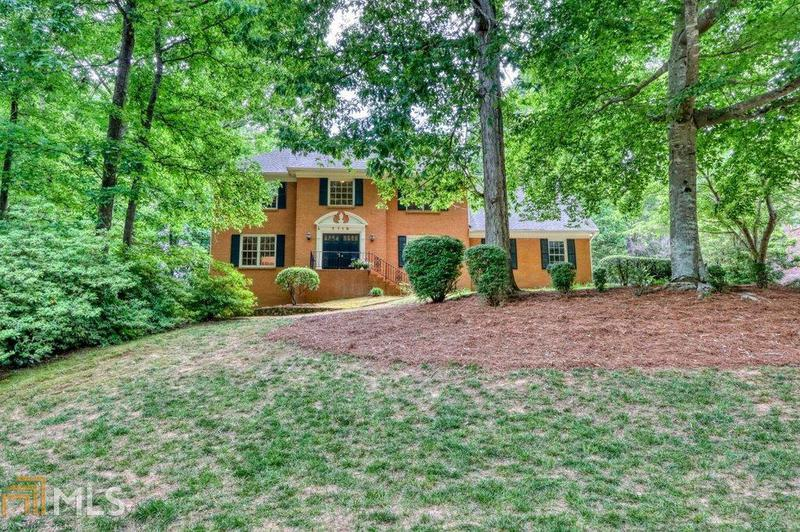Image for property 7110 Cherry Bluff, Sandy Springs, GA 30350