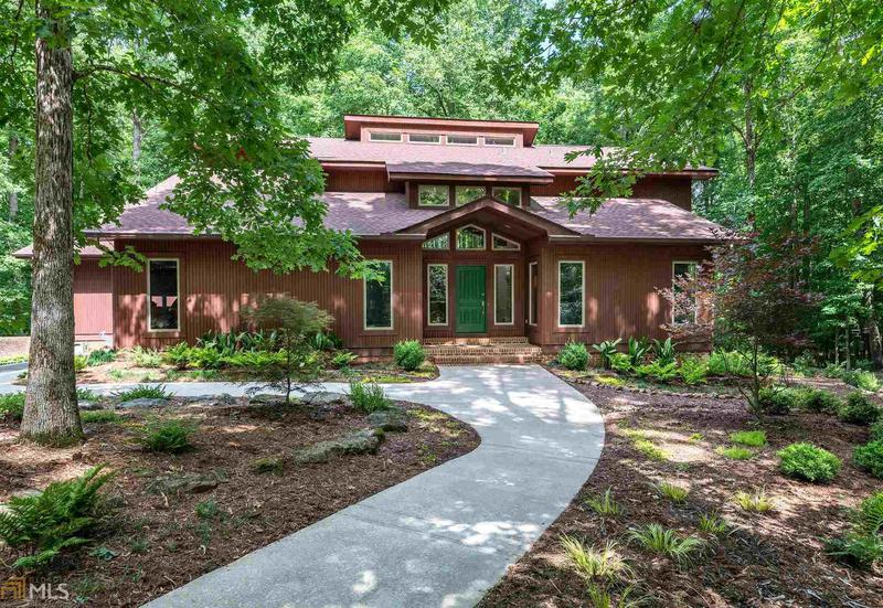 Image for property 380 Red Fox Run, Athens, GA 30605
