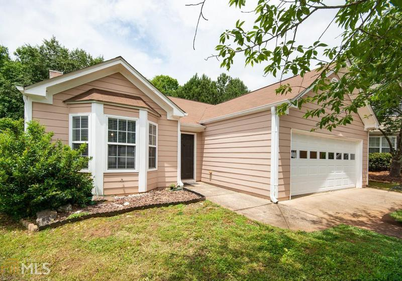 Image for property 2519 Feathertree Ln, Lawrenceville, GA 30044-5057