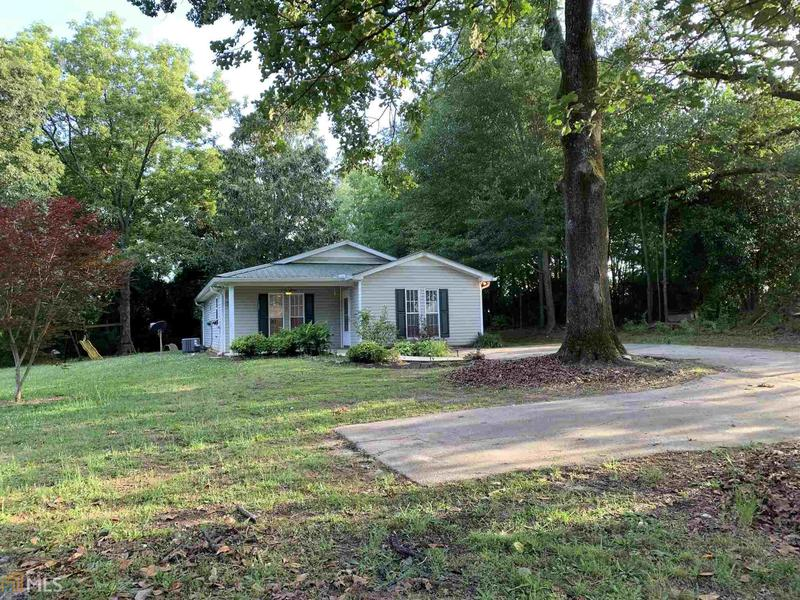 Image for property 325 College Ave, Maysville, GA 30558
