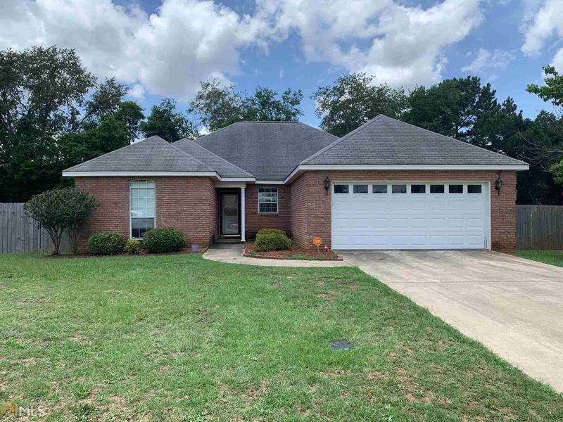 Image for property 201 Bowens Mill Dr, Bonaire, GA 31005