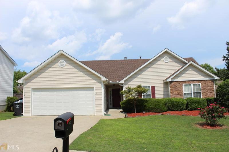 Image for property 512 Hillcrest Cross Rd, Canton, GA 30115