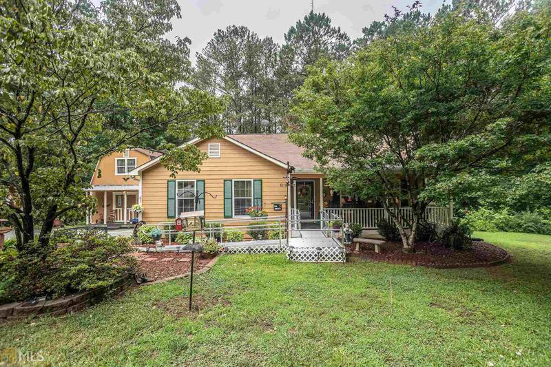 Image for property 4204 Timber Trace Rd, Loganville, GA 30052-3562