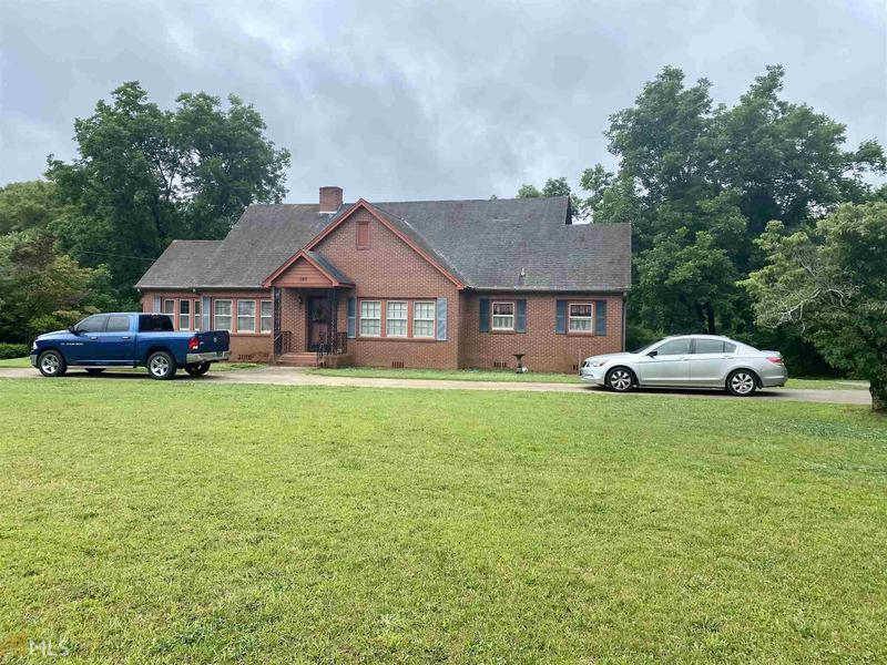 Image for property 607 Ave A S, LaFayette, AL 36862