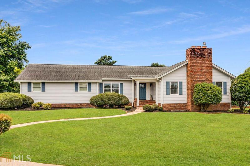 Image for property 3834 Poplar Springs Rd, Gainesville, GA 30507