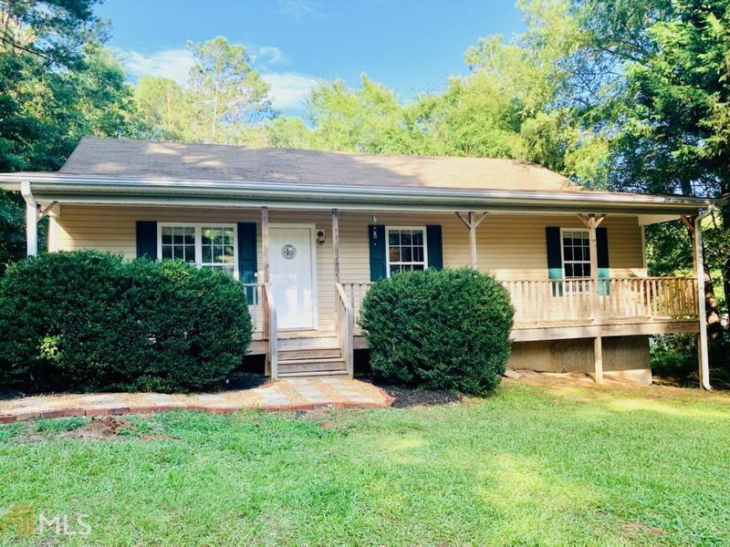 Image for property 2009 Butterfly Ln, Monroe, GA 30655
