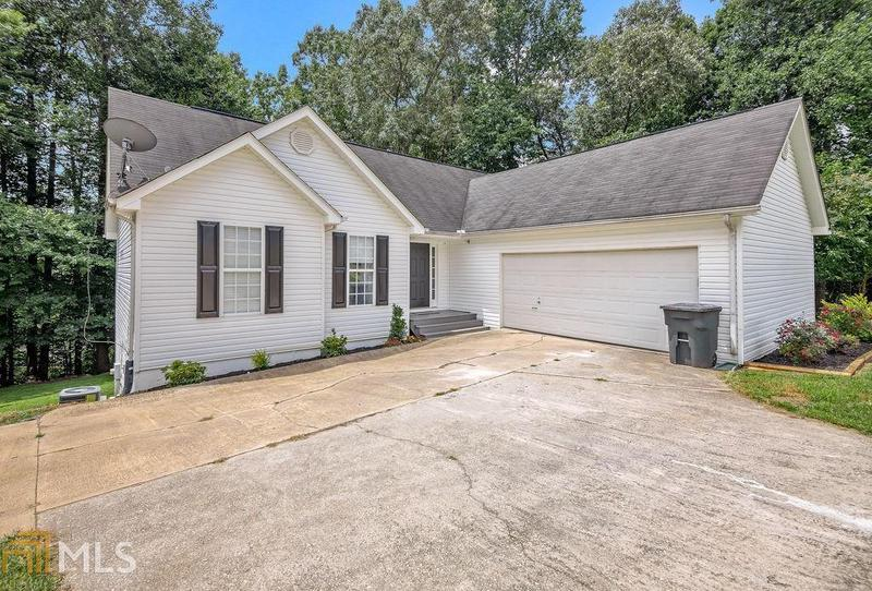 Image for property 4110 Parks Rd, Flowery Branch, GA 30542-5706