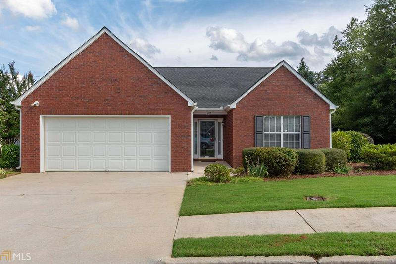 Image for property 765 Jacoby Dr, Loganville, GA 30052