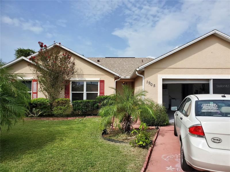 Image for property 1905 LAKEVIEW WAY, POINCIANA, FL 34759