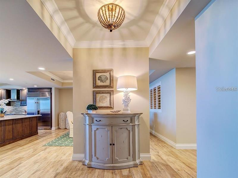 Image for property 755 COLLANY ROAD 508, TIERRA VERDE, FL 33715