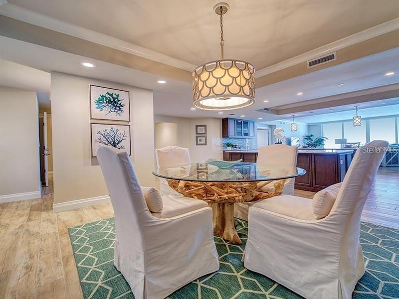 Image for property 755 COLLANY ROAD 601, TIERRA VERDE, FL 33715