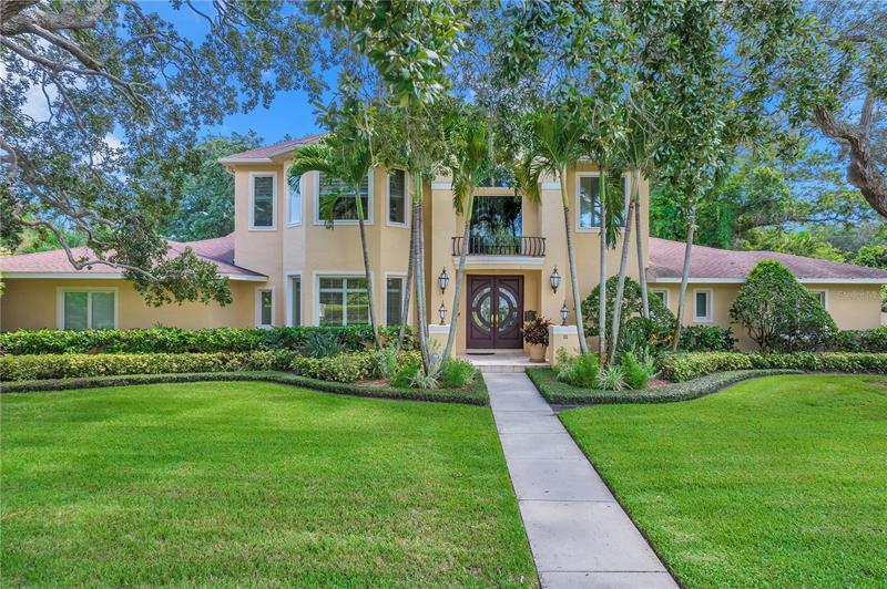 Image for property 111 PALMETTO ROAD, BELLEAIR, FL 33756