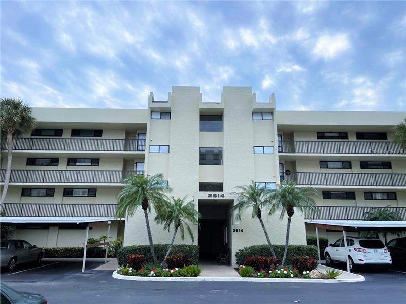 Image for property 2614 COVE CAY DRIVE 204, CLEARWATER, FL 33760