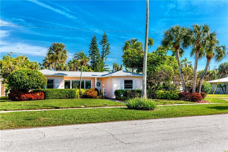 Image for property 737 BRUCE AVENUE, CLEARWATER, FL 33767
