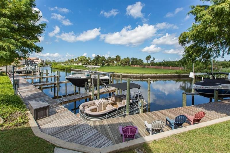 Image for property 4525 HERON LODGE, NEW PORT RICHEY, FL 34652