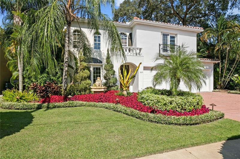 Image for property 3025 LAWN AVENUE, TAMPA, FL 33611