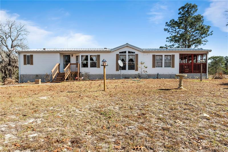 Image for property 5351 COUNTY ROAD 337, MORRISTON, FL 32668