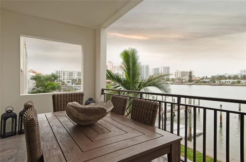 Image for property 152 BRIGHTWATER DRIVE 1, CLEARWATER, FL 33767