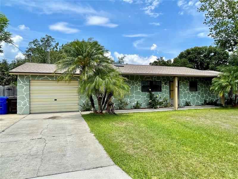 Image for property 806 PALM AVENUE, KISSIMMEE, FL 34741