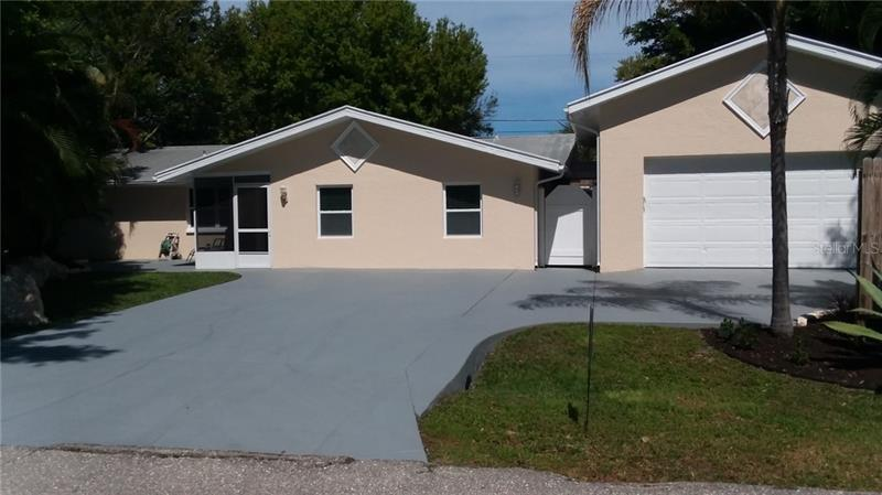 Image for property 308 CYPRESS ROAD, VENICE, FL 34293