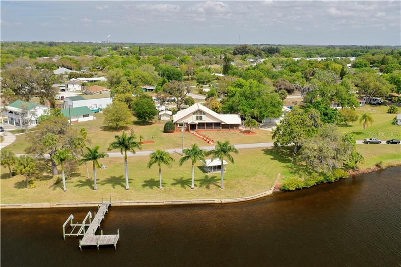 Image for property 2010 SAFFOLD PARK DRIVE, RUSKIN, FL 33570