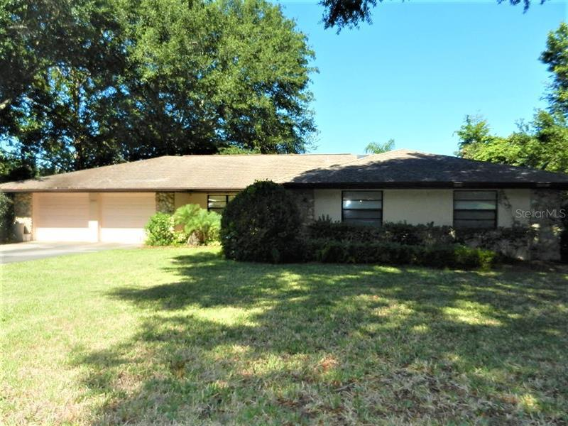 Image for property 12345 SUNSHINE DRIVE, CLERMONT, FL 34711