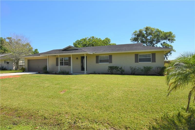 Image for property 3914 COUNTRY BEND, LAKELAND, FL 33811