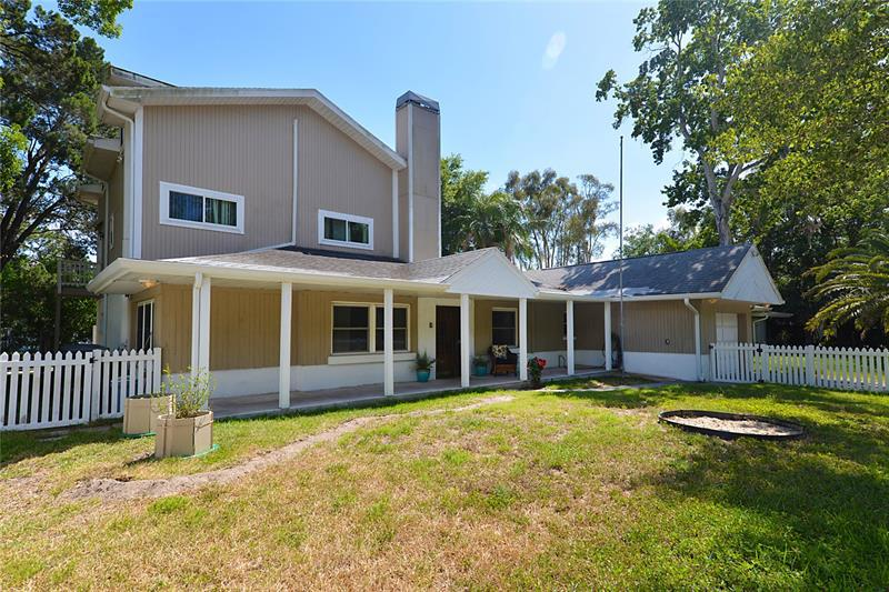 Image for property 2278 PALMETTO DRIVE, CLEARWATER, FL 33763
