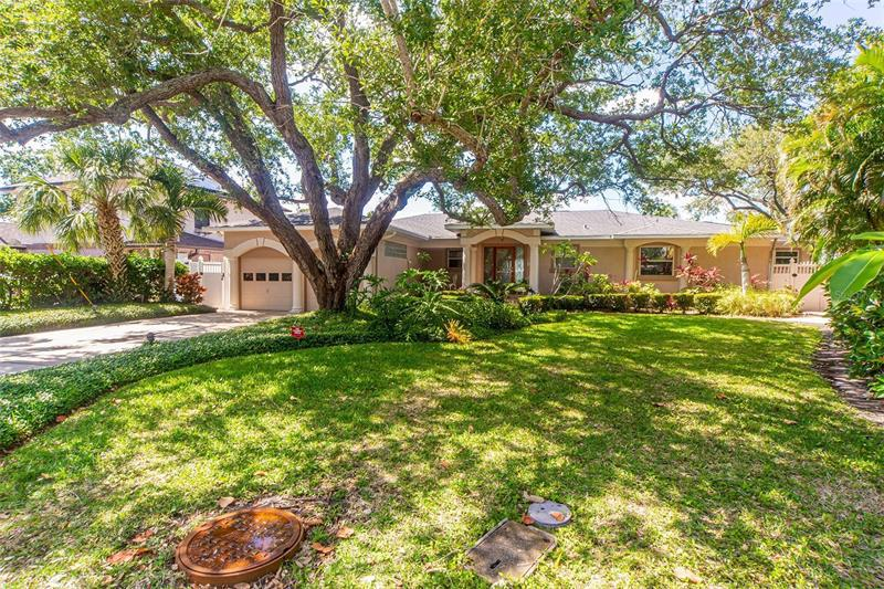 Image for property 1826 VENETIAN POINT DRIVE, CLEARWATER, FL 33755