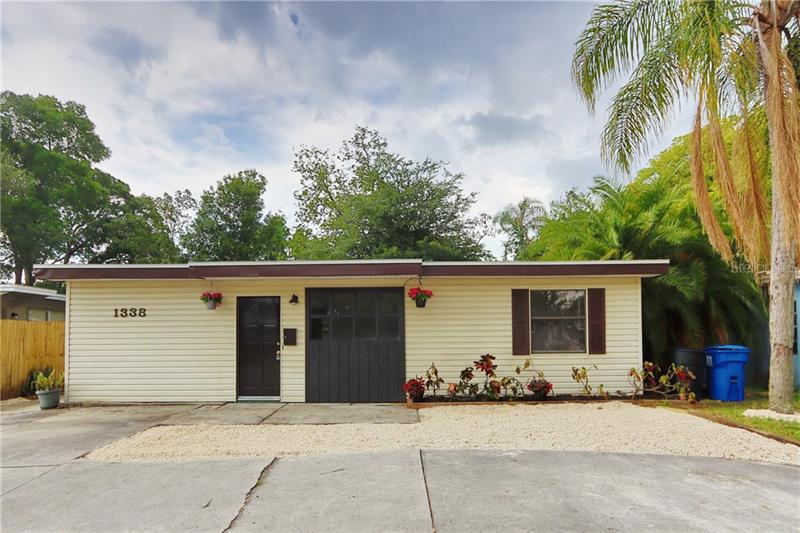 Image for property 1338 54TH AVENUE, ST PETERSBURG, FL 33703