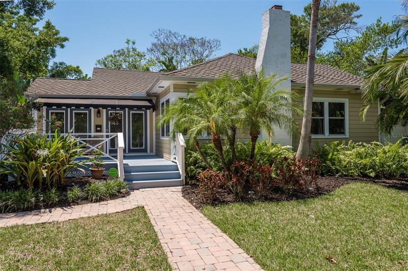 Image for property 300 GLENWOOD AVENUE, CLEARWATER, FL 33755