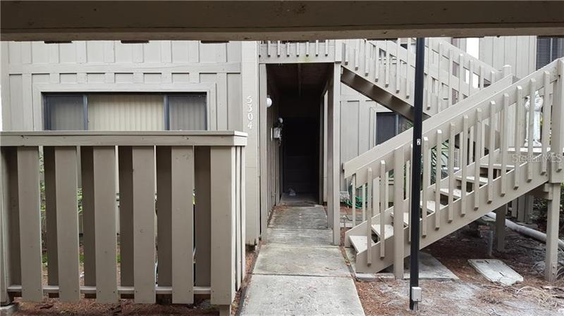 Image for property 5304 INDIAN CREEK DRIVE D, ORLANDO, FL 32811