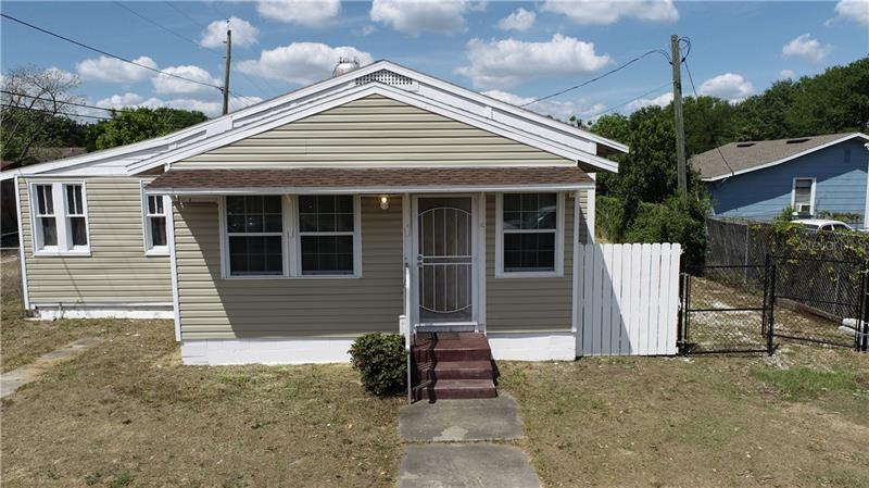 Image for property 317 CENTER STREET, DUNDEE, FL 33838