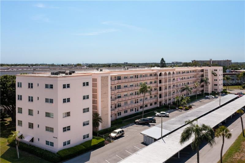 Image for property 5623 80TH STREET 215, ST PETERSBURG, FL 33709