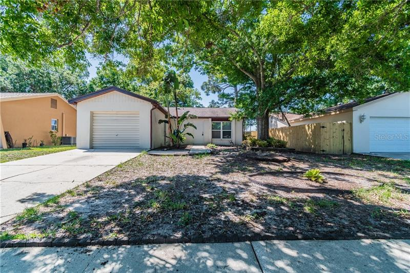 Image for property 2537 MULBERRY DRIVE, CLEARWATER, FL 33761