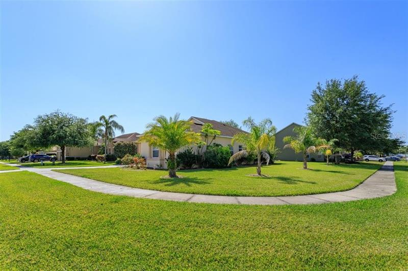 Image for property 3675 PEACEFUL VALLEY DRIVE, CLERMONT, FL 34711